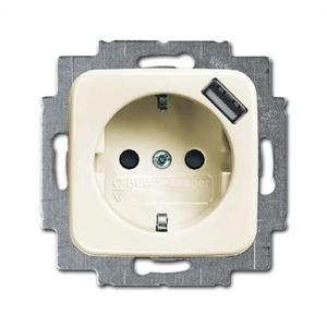 Busch-Jaeger USB-contactdoos met randaarde kinderveilig wit (creme)